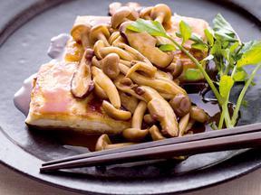豆腐ステーキきのこバターしょうゆソース