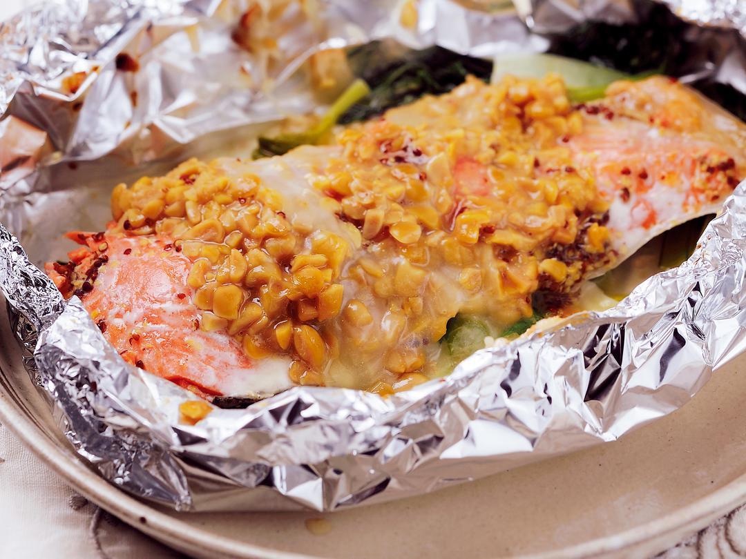 鮭の納豆チーズホイール焼き