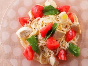 完熟トマトとモッツァレラのパスタ風