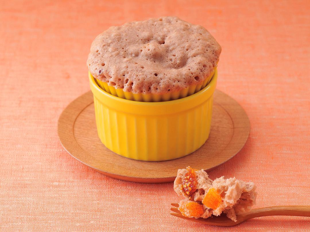 ドライフルーツとココアのカップケーキ