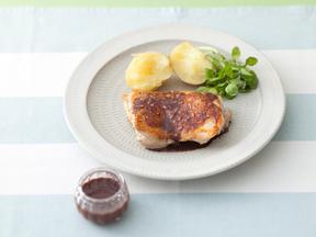 ふっくらチキンソテー糀バルサミコソース