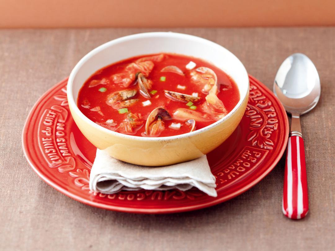あさりとキムチのトマトスープ