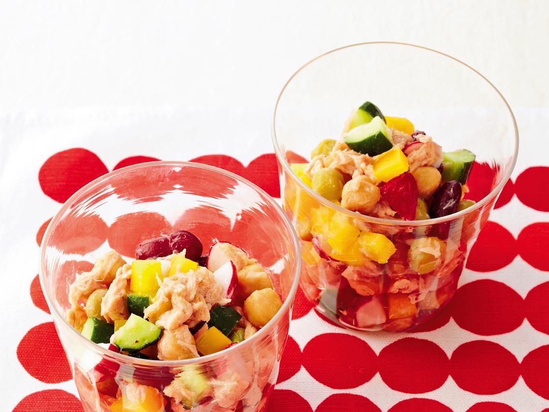シーチキンとコロコロ野菜のグラスサラダ