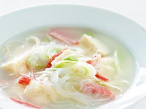 豆腐と春雨のあっさりレンジスープ