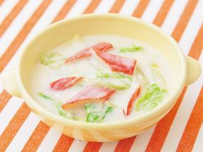 白菜とかにかまのクリームスープ