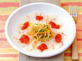 白身魚のカルパッチョトマポンジュレ