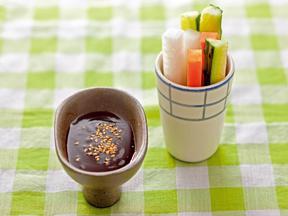 スティック野菜のレモン田楽味噌